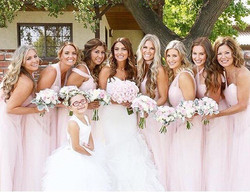 Unreal! 🙌🏽 What a freaking gorgeous bridal party from one of our weddings this weekend! 😍We're so