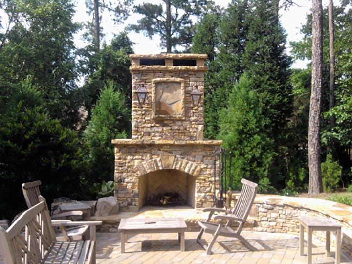 fireplacestonepatio-2.jpg