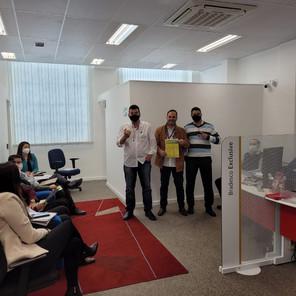 Diretores do Sindicato dos Bancários de Sorocaba visitam trabalhadores de Ibiúna