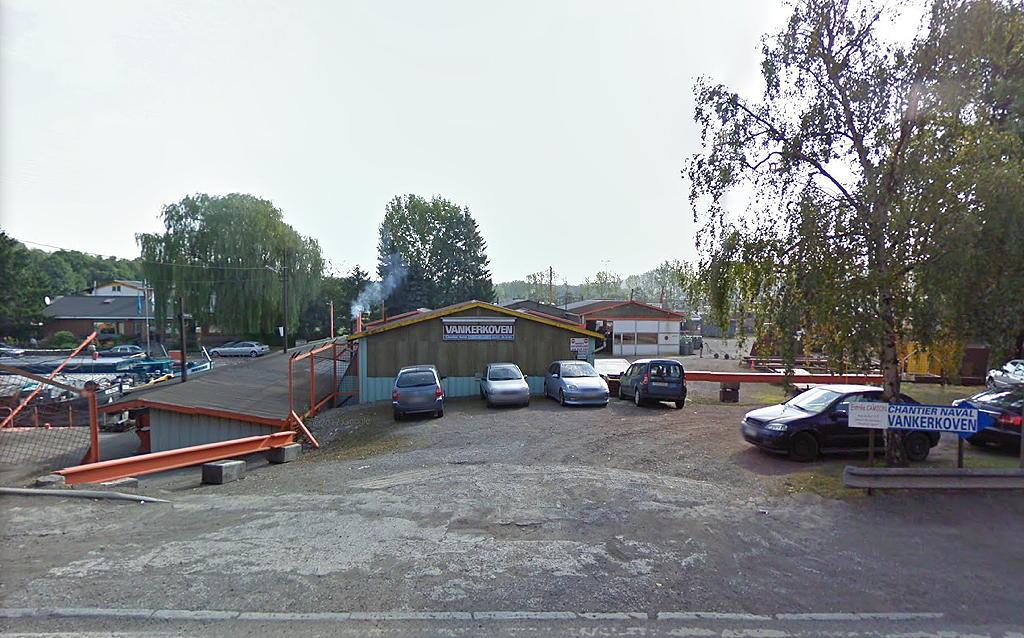 01a.entrance.jpg