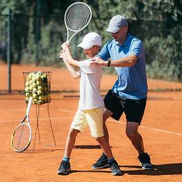 tennis-lesson-B52UGA9.jpg