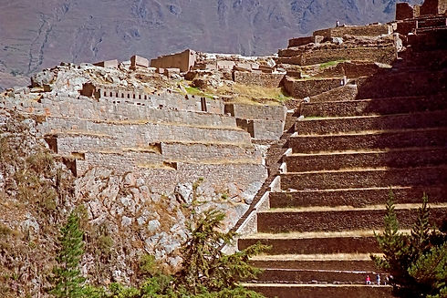 Ollantaytambo Fortress Sacred Valley.jpg