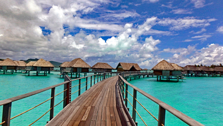 Barefoot in Bora Bora