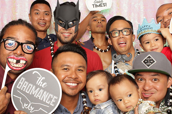 evenfulphotoshawaii photobooth oahu afor