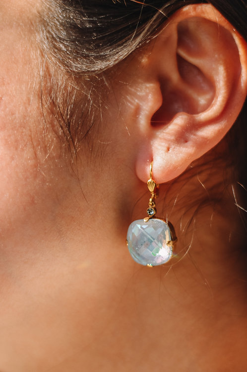 Arctic Stone Crystal La Vie Earrings (16 mm)