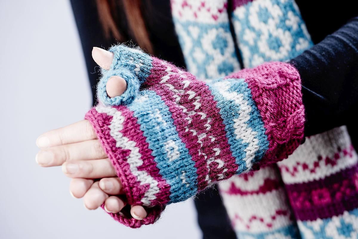 Fairisle Wrist Cuffs**