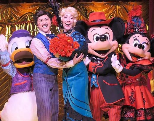Rachel Heads to Tokyo Disneyland