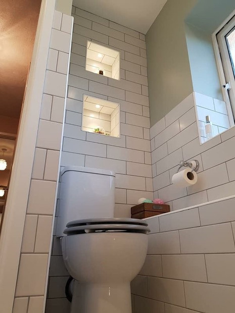 Toilet White Tiling