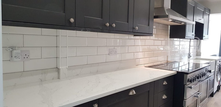 White Kitchen Splashback