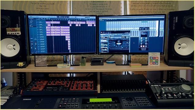 Full Desk.JPG