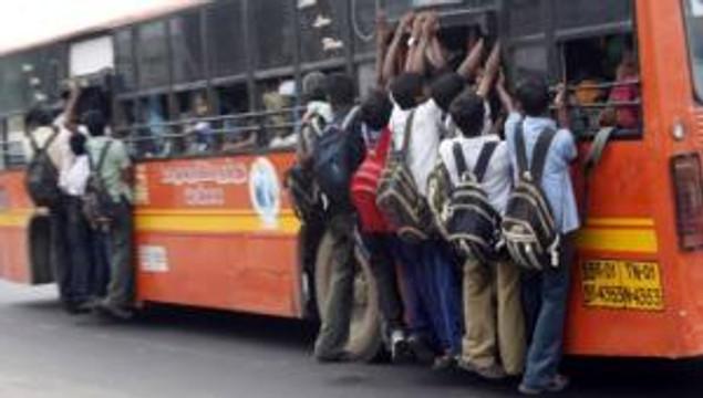 Crowded bus in Chennai