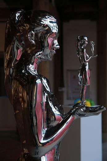 《自我》不锈钢是 王艺 的作品, 《自我》不锈钢创作于2017. 王艺 是中艺国际| ZAI 推荐的艺术家 , 关注中艺国际, 获得王艺 的最新动态.