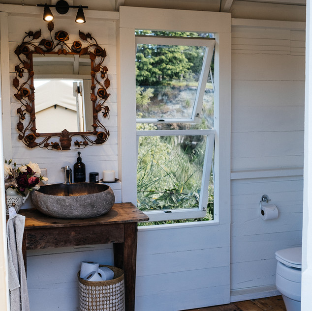 Bathroom - Kowhai Retreat