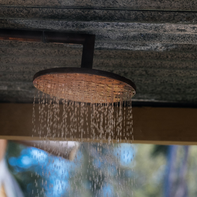 Outdoor shower - Kowhai Retreat