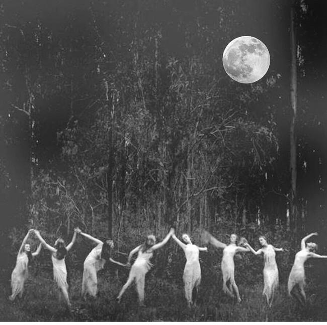 Taurus Full Moon Craves Community Connections & Simple Peaceful Pleasures