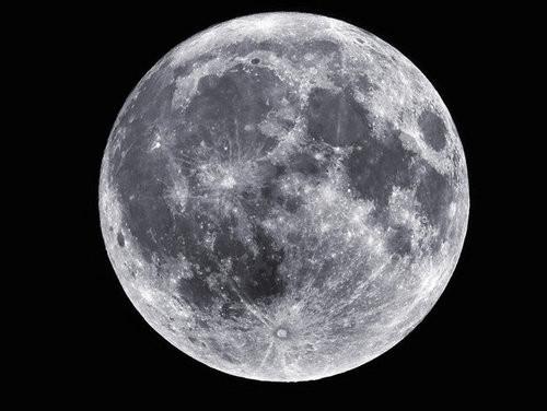Head & Heart :: Full Moon Eclipse in Libra