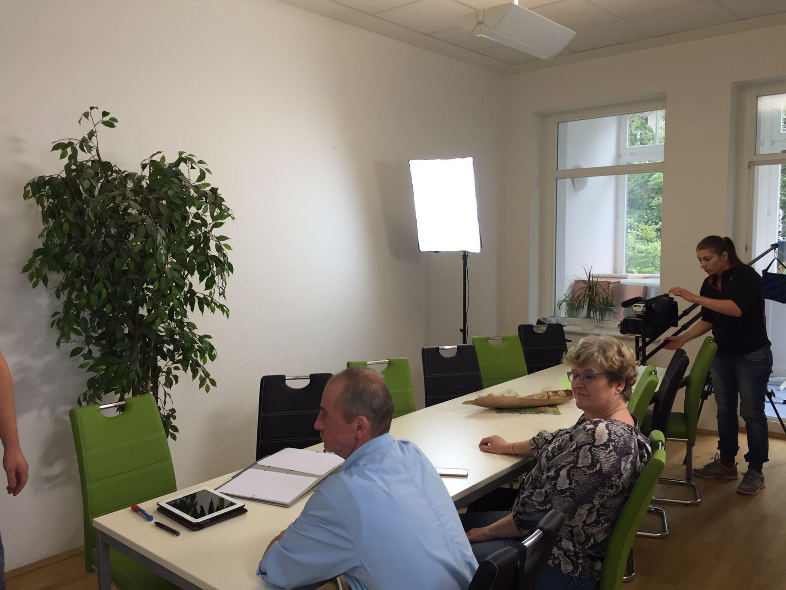 Dreh Konferenzraum mit Kran