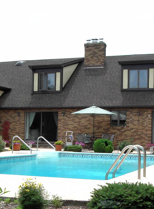 pool-villa.jpg