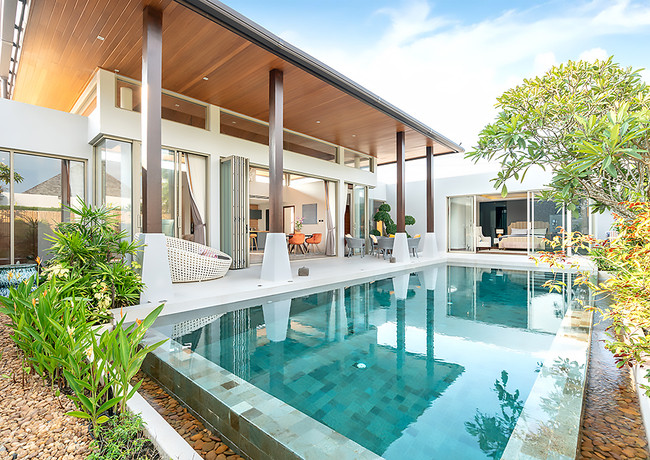 Pool-House1.jpg