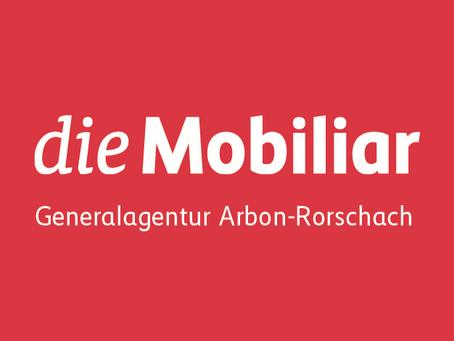 """""""die Mobiliar"""", Roman Frei erhält sein    HC GoRo-Shirt"""