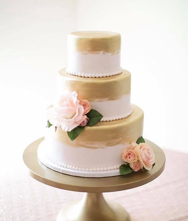 Wedding%20Cake%2017_edited.jpg
