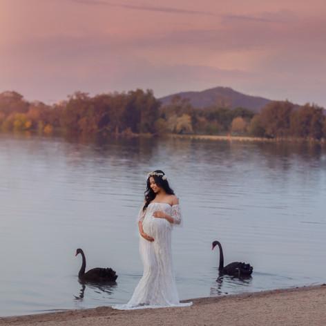 Canberra professional maternity photoshoot