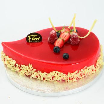 Tort Łezka truskawkowa