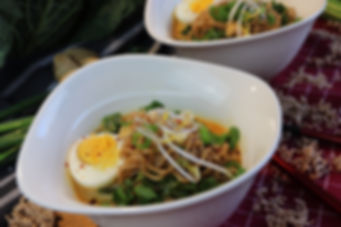 IMG_6277.JPG Mie Nudeln in scharfer Curry Kokosmilch Suppe