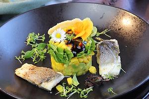IMG_9330.JPG Wolfsbarsch | Avocado Mango Tower | Fisch | gesund und köstlich