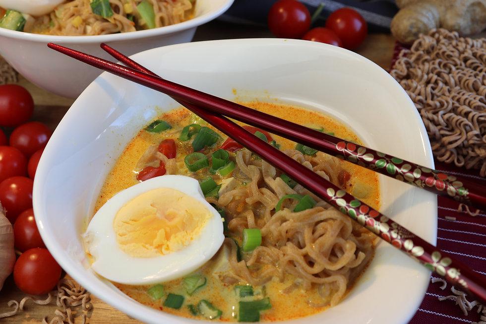 IMG_6873.JPG Curry Kokosmilch Süppchen mit Tofu | Mie Nudeln | gesund und köstlich | vegetarisch