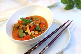 IMG_7535.jpg vegan Tofu-Pfanne mit grünen Oliven und Paprika