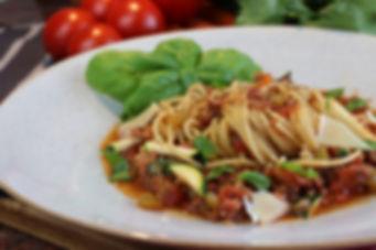 IMG_5450.JPG Spaghetti Bolognese mit viel Gemüse, 4 -5 Personen, 55 Minuten