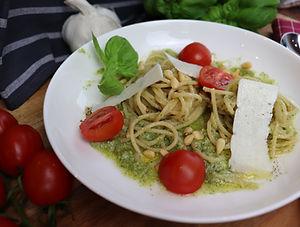 IMG_1065.JPG Pasta mit Pesto