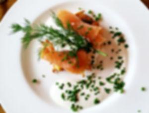 DSCI4291_edited.jpg Kartoffelpuffer mit Lachs