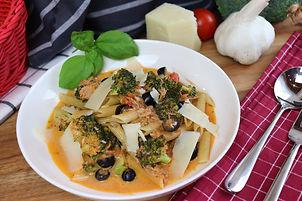 IMG_0711.JPG Thunfisch Tomatensoße mit Pasta