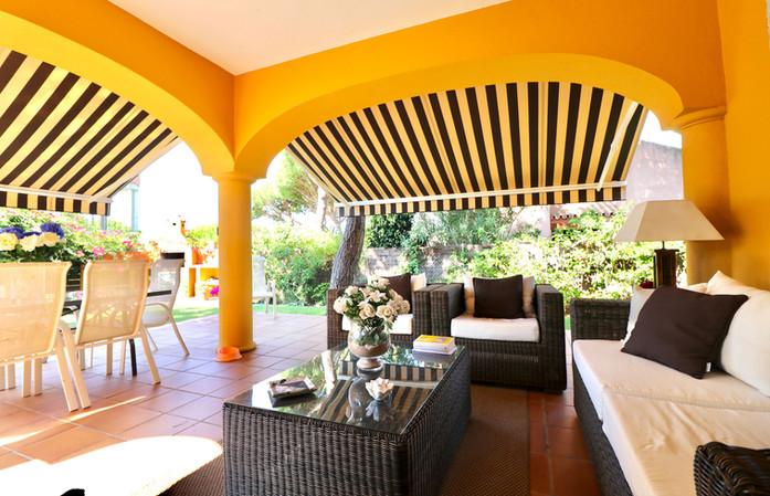 chill-out-area-terrace-garden-ref40.jpg