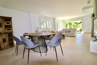 huge-luxury-living-dining-room-ref185.jpg