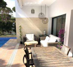 garden-table-chairs-sofas-ref159jpeg