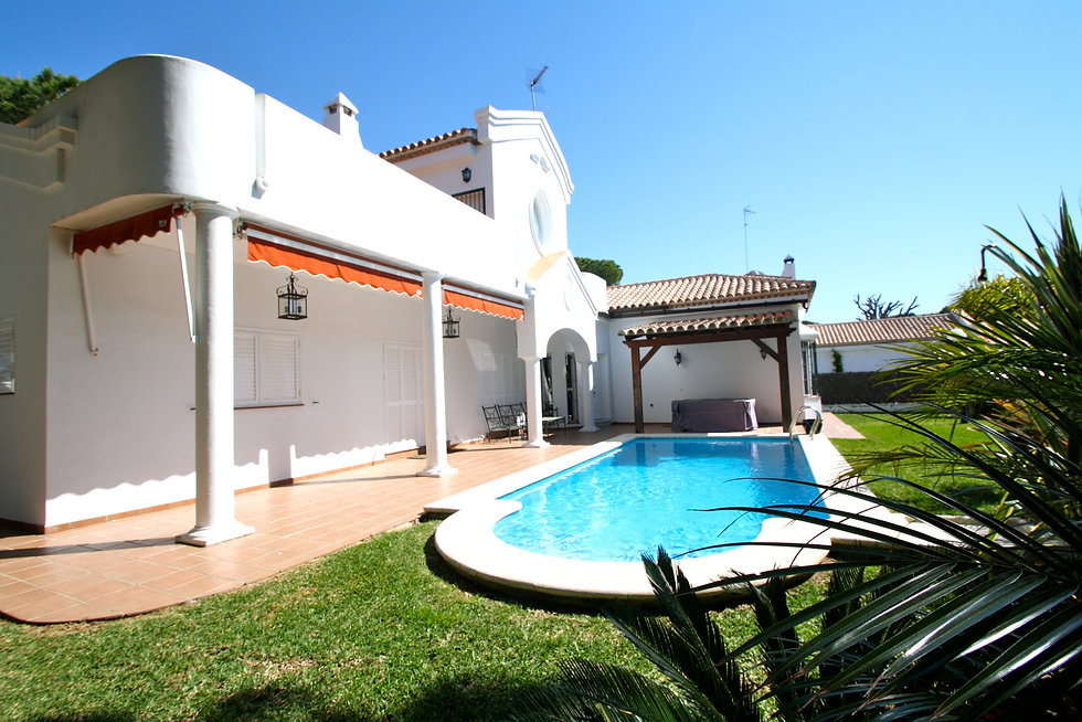 pool-garden-holiday-home-refv83.JPG