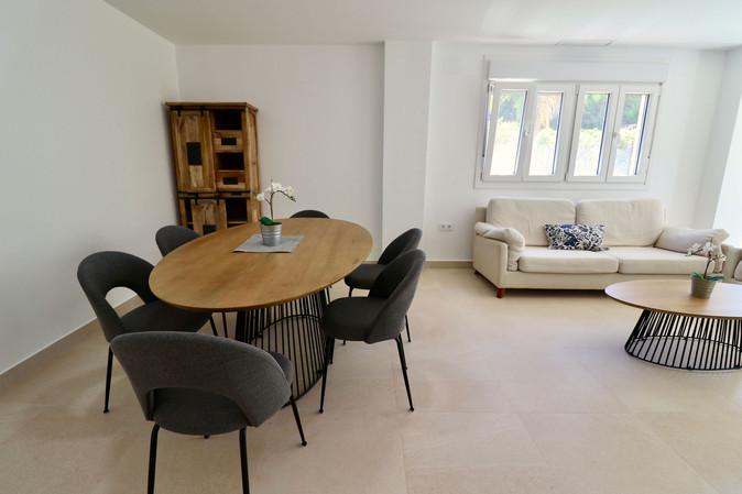 modern-livinig-dining-room-ref185.jpg
