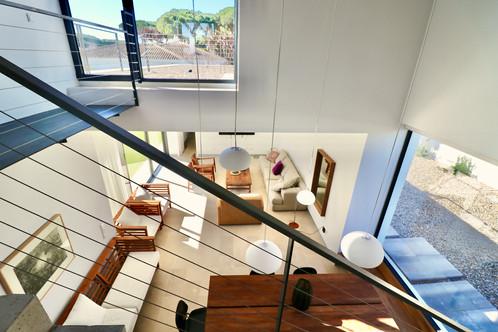 Escaleras y terraza