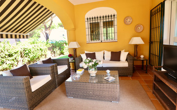 television-garden-terrace-ref40.jpg