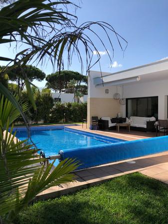 terrace-pool-garden-villa-ref159.jpg
