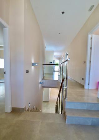 bright-staircase-upstairs-ref13jpg