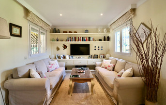 modern-luxury-living-room-chimney-ref40.jpg
