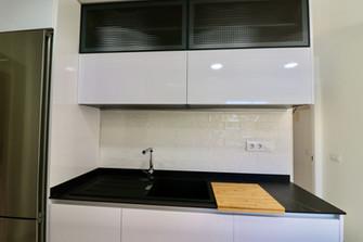 modern-kitchen-fridge-cook-ref185.jpg