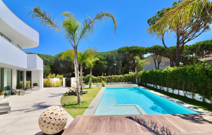 garden-palms-large-pool-ref18jpg