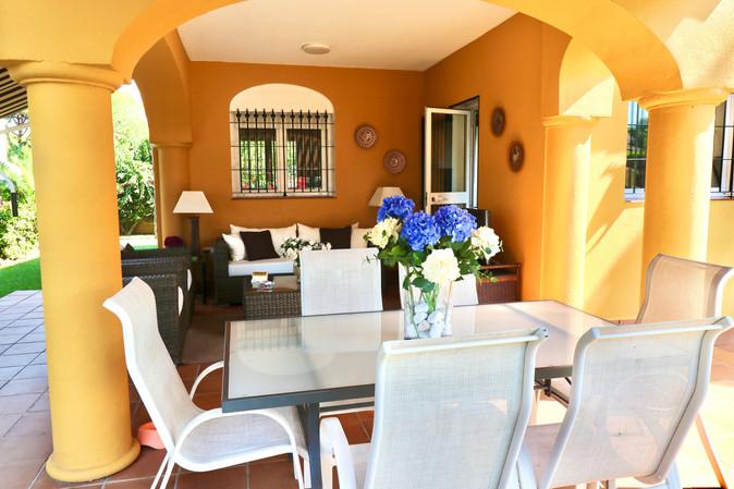 nice-terrace-garden-furniture-roche-ref40.jpg