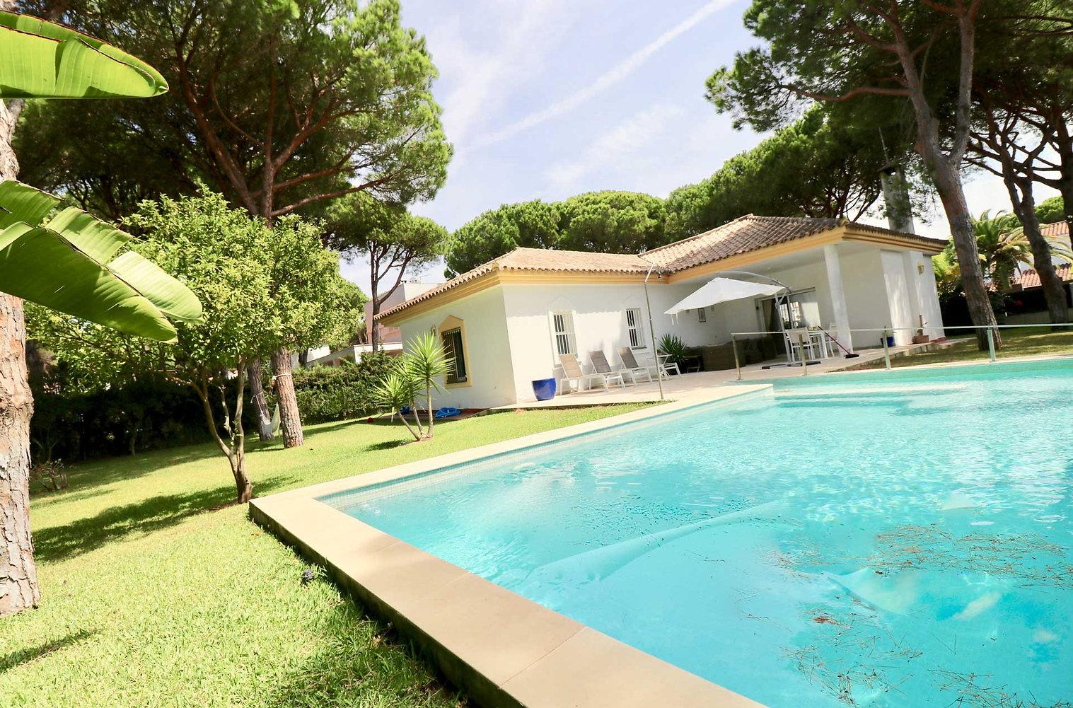 design-pool-house-garden-refv71.jpg