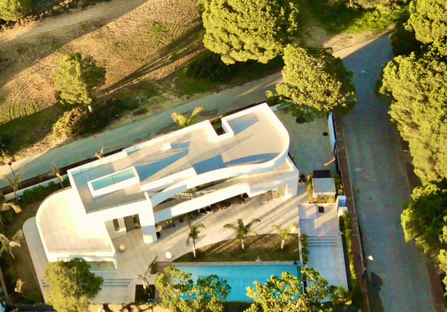 view-luxury-modern-villa-pool-ref18jpg